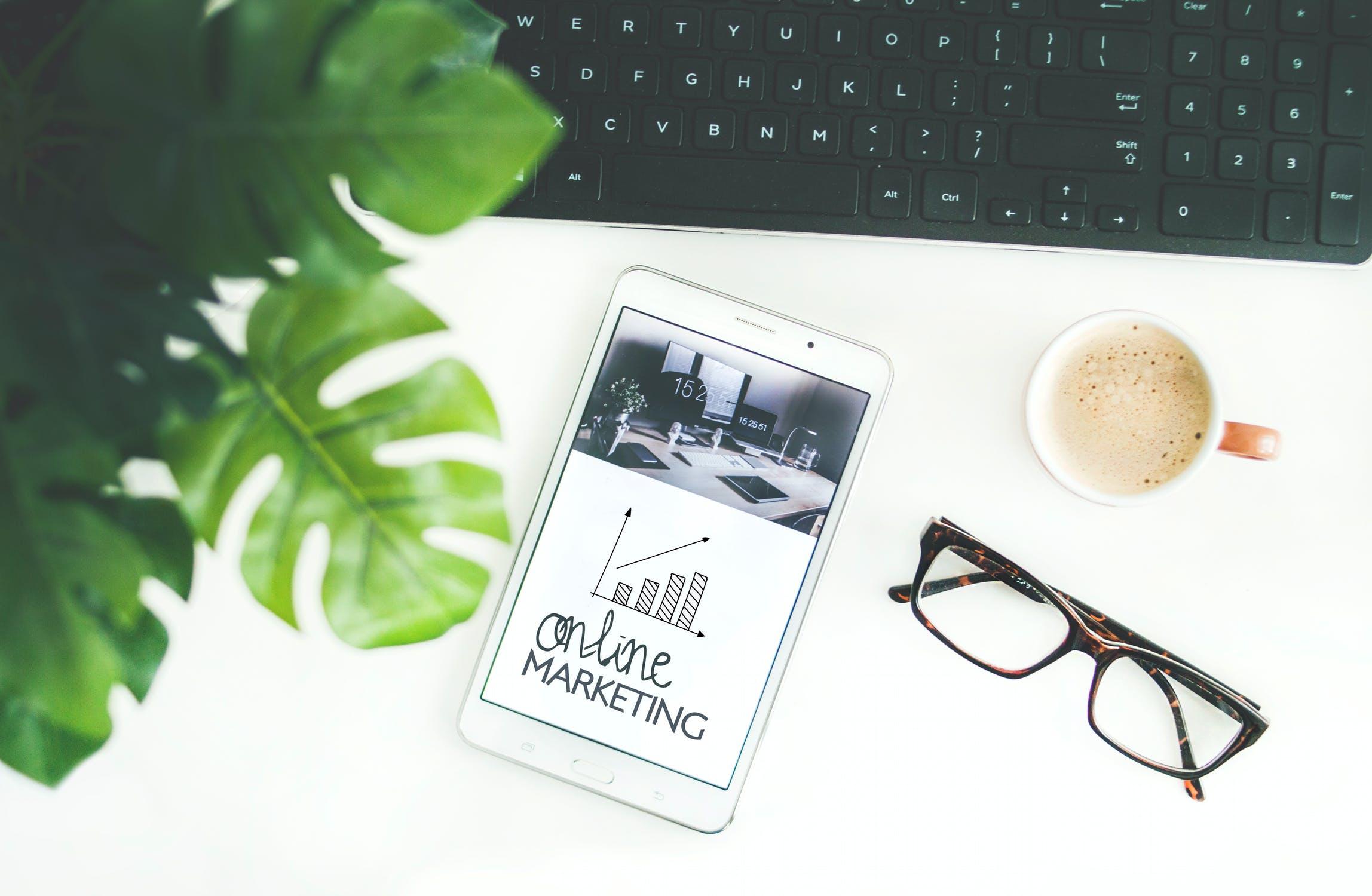 Mit unserem Performance Marketing schaffen wir online immer wieder Berührungspunkte mit Ihrer Zielgruppe